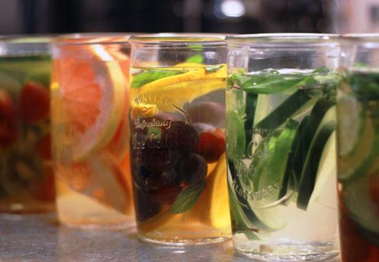 7 infusiones frutales para bajar de peso y quemar grasa.